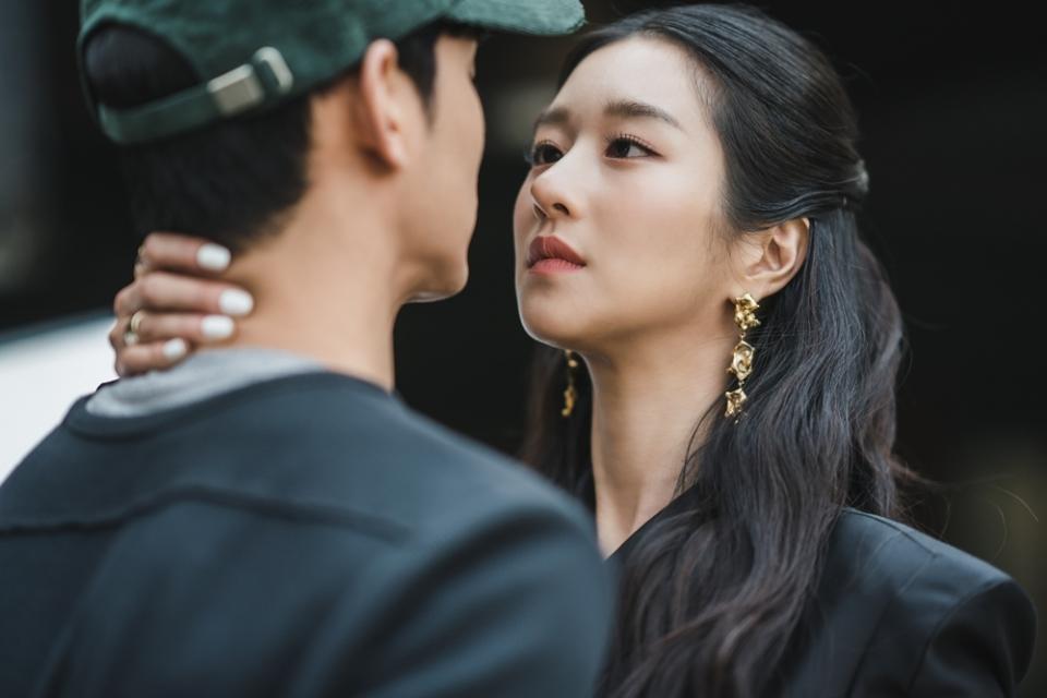 Seo Ye Ji and Kim Soo Hyun's cousin dating rumor