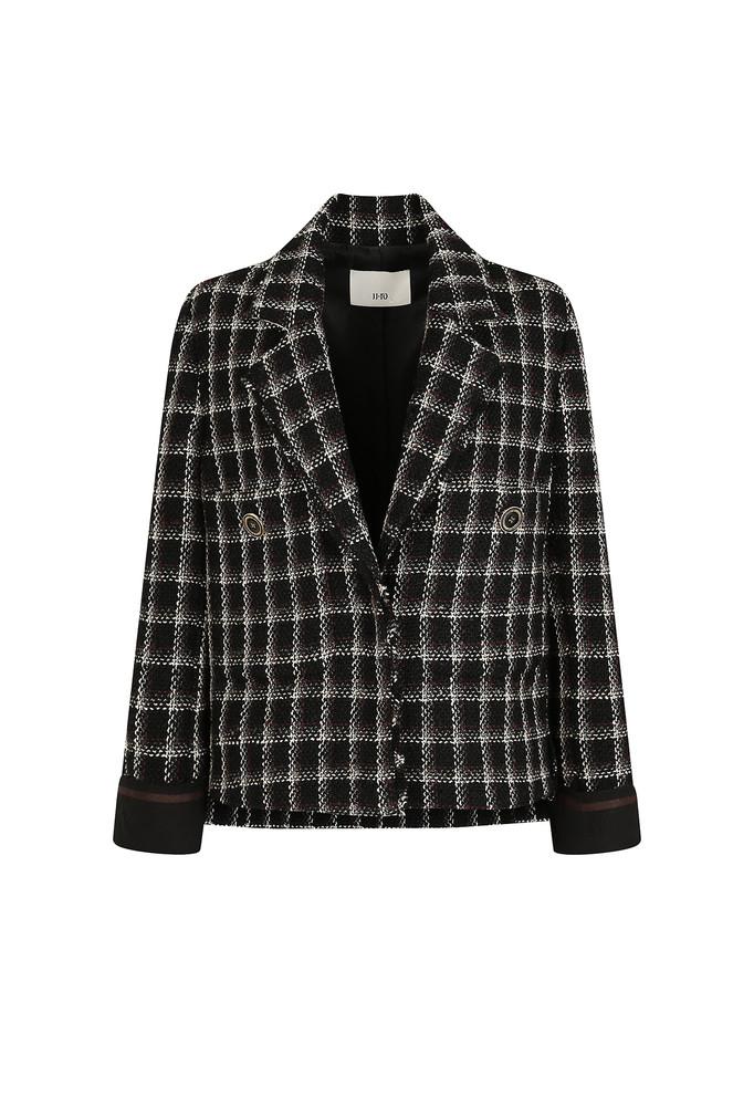 Tweed Jacket Han So Hee wore on 'The World of the Married' EP.3