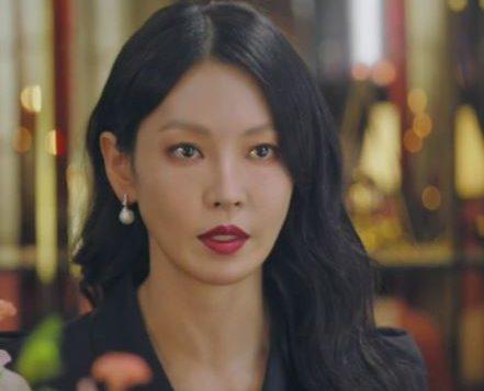 Penthouse Kim So yeon luxury pearl earring is S_S.IL