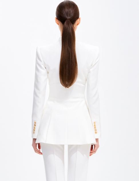Penthouse Kim So yeon white silk slim jacket is extremely sexy