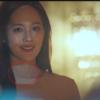 Colar de ouro rosa na cobertura Kim Eugene realmente atraente