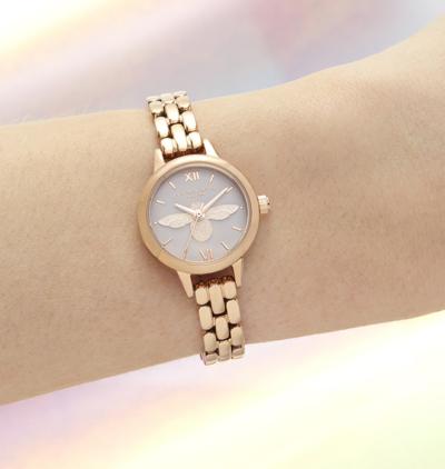 Relógio com pulseira de ouro rosa SISYPHUS Park Shin Hye totalmente adorável