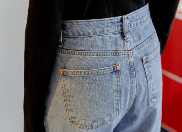 SISYPHUS Park Shin calças jeans compridas em linha reta completamente estilosa