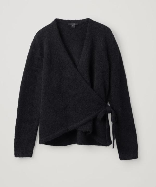Vincenzo Jeon Yeo Bin áo nịt màu xám hoàn toàn sang trọng