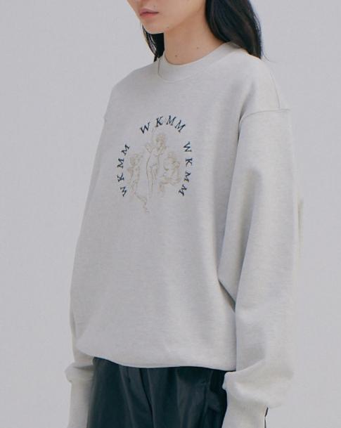 Doom At Your Service Park Bo Young Angel Logo Sweatshirt sangat indah