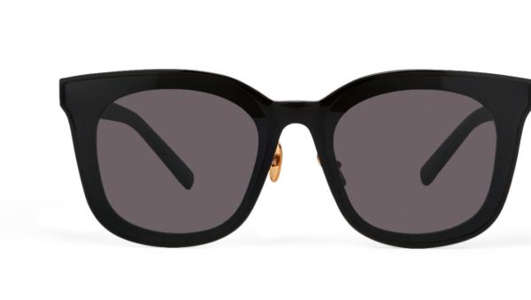 Gli occhiali da sole Kim Myung Min della Law School sono di classe assoluta