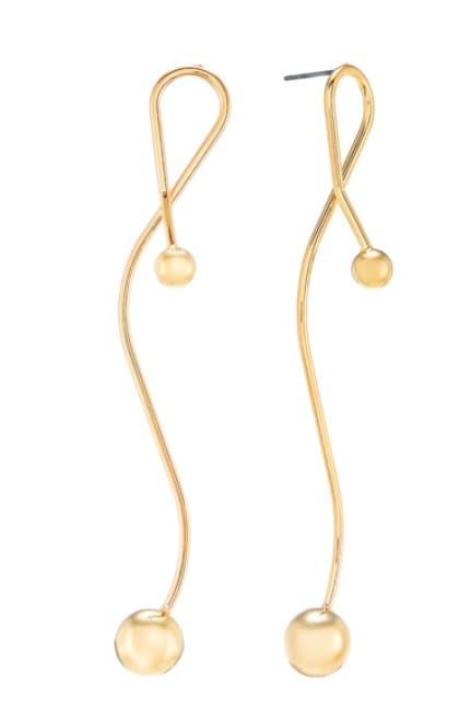 Imitation Park Ji Yeon earring is super elegant