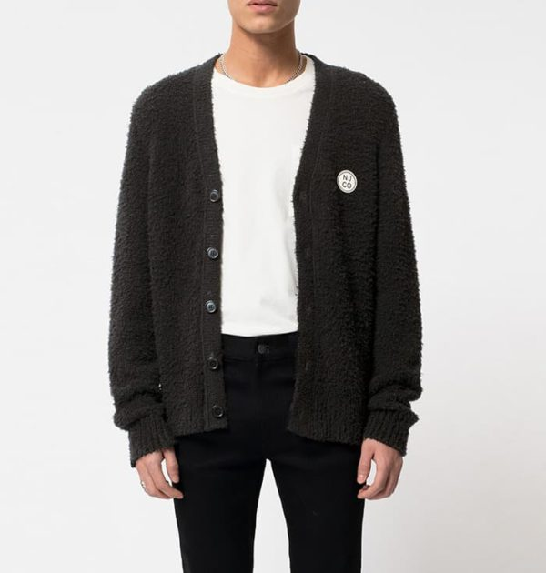 模仿李俊楊黑開衫讓他看起來超級性感